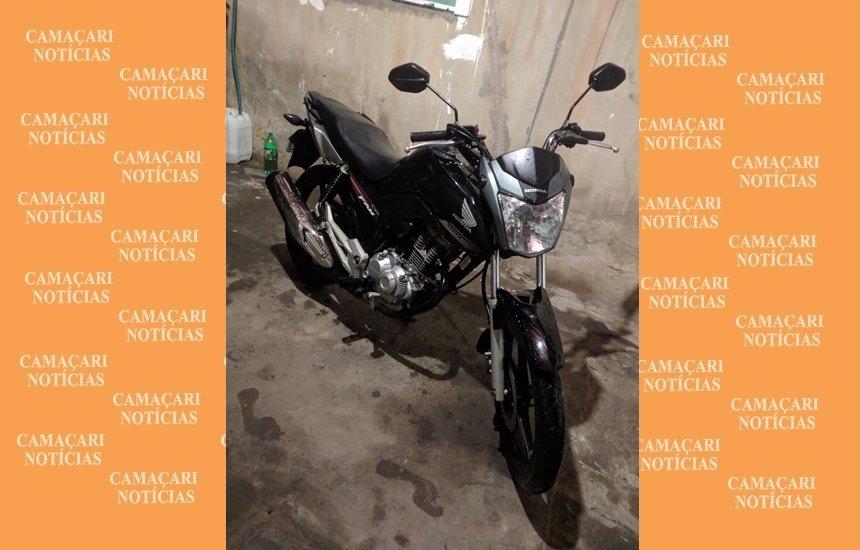 [Moto é roubada durante assalto no Centro de Camaçari]