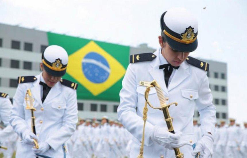 [Justiça Federal afasta exame clínico de mamas e genitais em concursos da Marinha do Brasil]