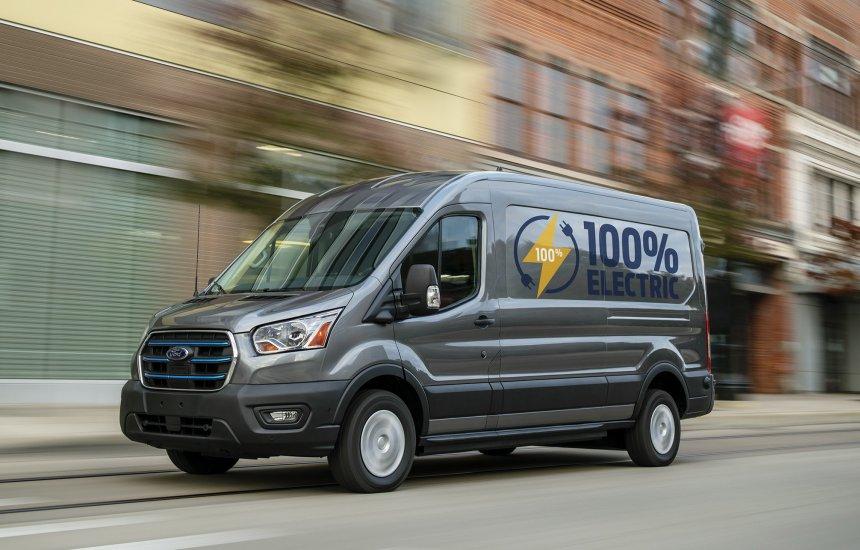 [Ford apresenta a E-Transit, versão elétrica da van mais vendida do mundo]