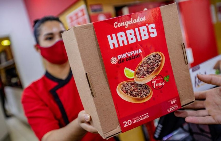 [Habib's passa a vender coxinhas e esfihas congeladas pelo site, lojas ou iFood]